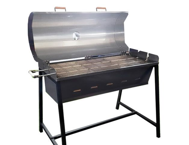 BARBECUE MAXI: THE PINONI SRL AND PLEASED TO PRESENT MAXI BARBECUE GENEROUSLY SIZED BUILT in COMPLIANCE with STANDARD EN 1860 304 STAINLESS STEEL. MAXI IS A LARGE BARBECUE THAT ALLOWS YOU TO GRILL COMFORTABLY FOR A DOZEN PEOPLE.  VERY EASY TO USE AS ALL OUR MODELS. ALL YOU HAVE TO DO IS LOAD THE FLOOR IN REFRACTORY MATERIAL WITH ABUNDANT CHARCOAL AND ENJOY YOUR COOKOUT ...